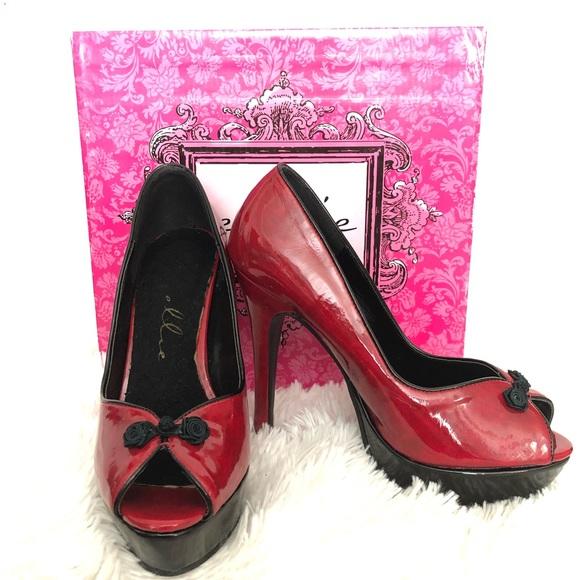 937c22d7476 Red & Black Patent Leather Platform Heels NWT